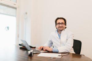 Dr. Stefan Schmiedl - Facharzt für Plastische und Ästhetische Chirurgie
